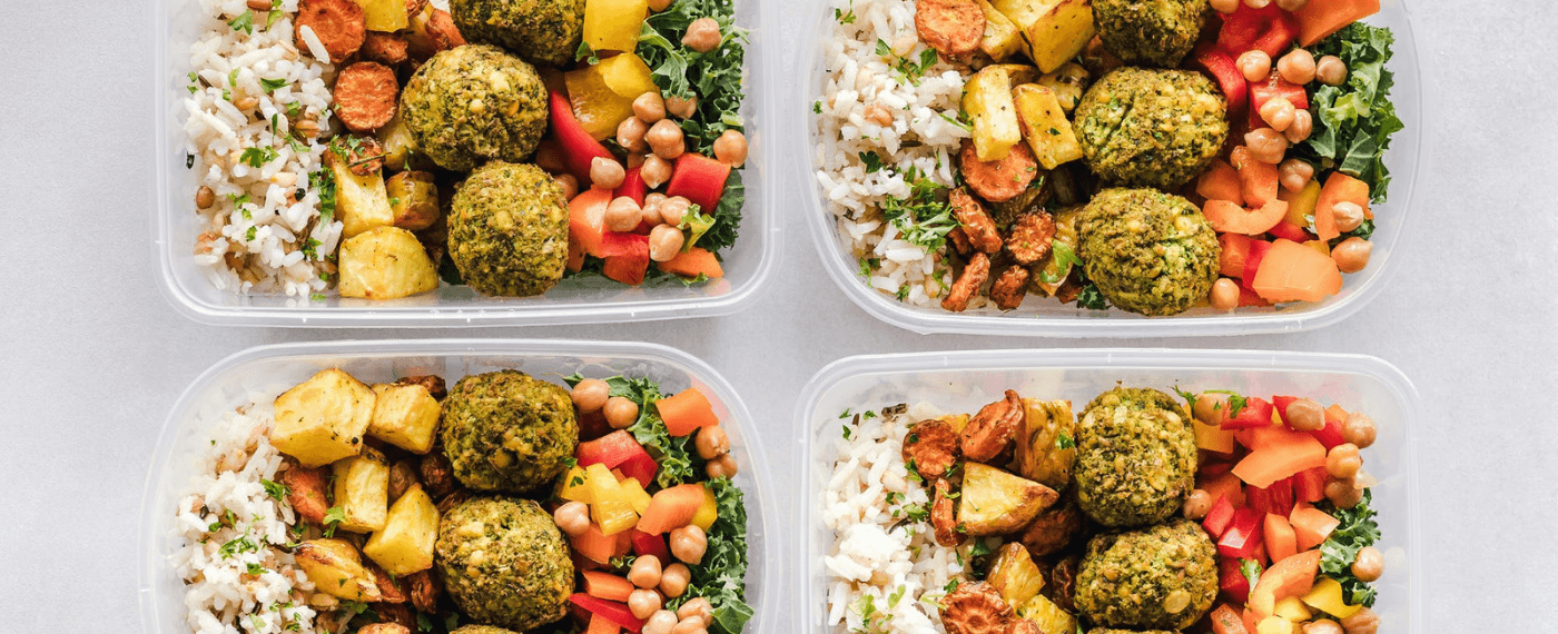 4 containers of food perfect for meal prepping ideas