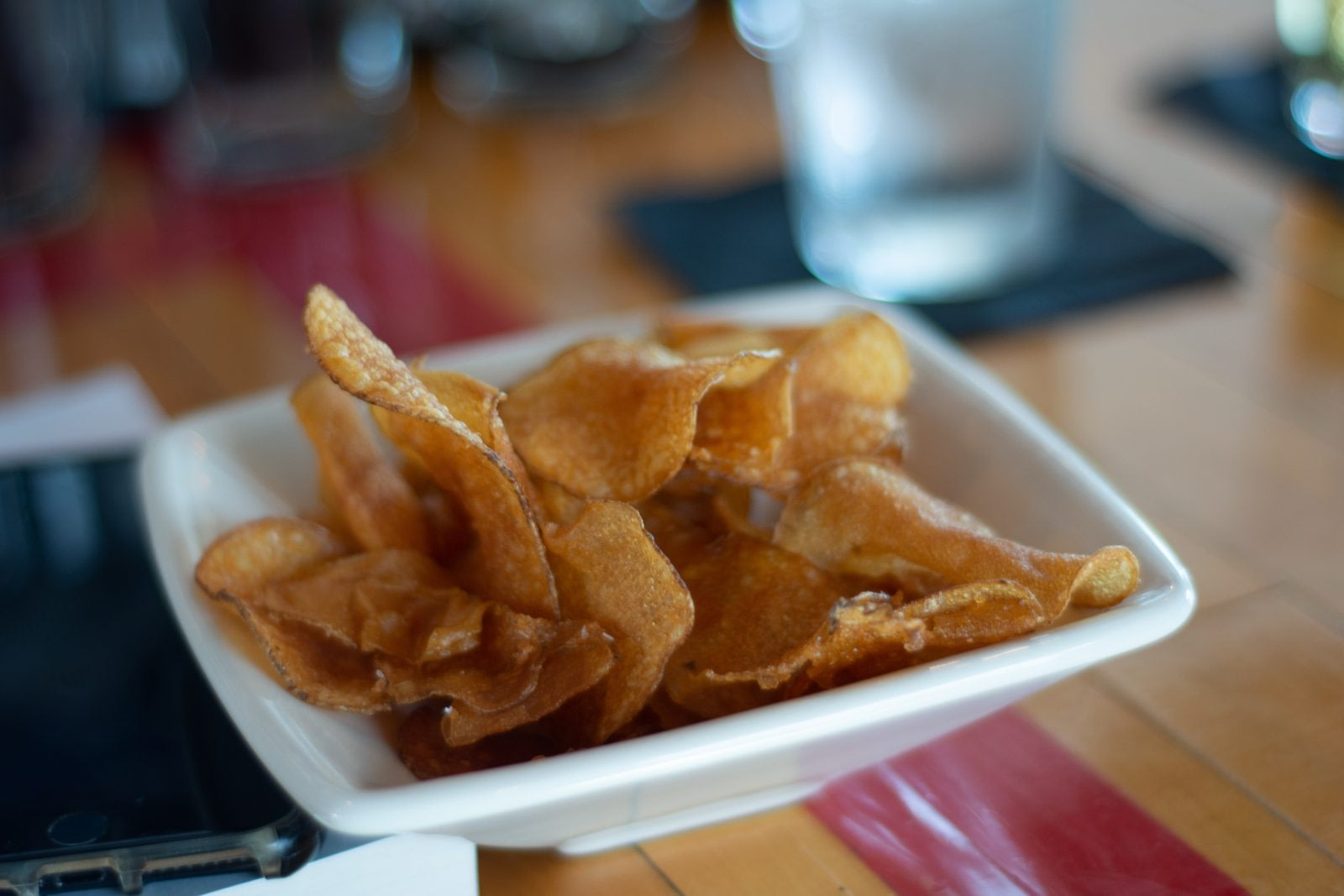 A small plate of cbd chips